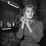 Sofia Loren Tries on Earrings