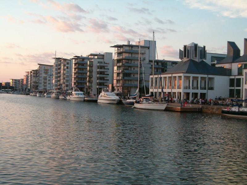 Norra_hamnen_i_solnedgång.jpg