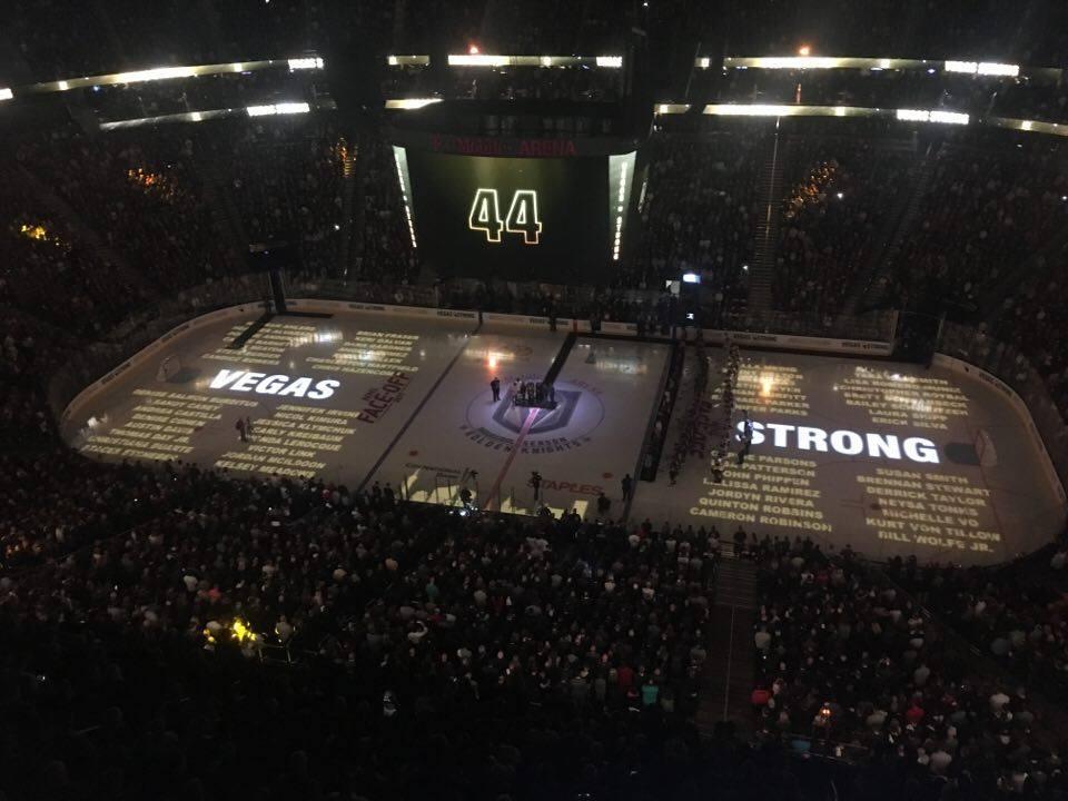 Från den gripande pre game-ceremonin, när det var tyst i 58 sekunder för att hedra minnet av var och ett av offren för förra helgens massaker.
