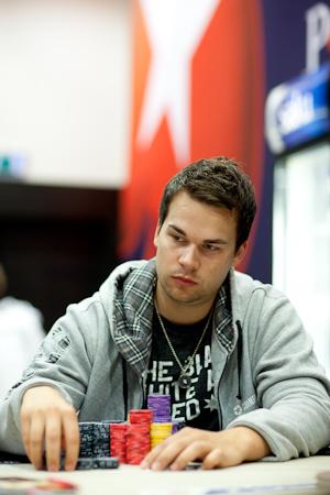 Riktigt trott pa poker tar sommarlov