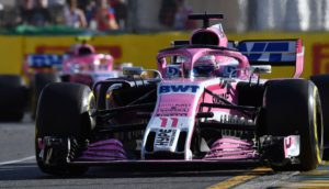 Force India's Mexican driver Sergio Perez drives during the Formula One Australian Grand Prix in Melbourne on March 25, 2018. / AFP PHOTO / Paul Crock / -- IMAGE RESTRICTED TO EDITORIAL USE - STRICTLY NO COMMERCIAL USE --