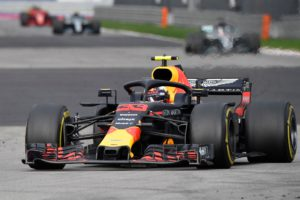 Red Bull's Dutch driver Max Verstappen steers his car during the Formula One Russian Grand Prix at the Sochi Autodrom circuit in Sochi on September 30, 2018. (Photo by Alexander NEMENOV / AFP)