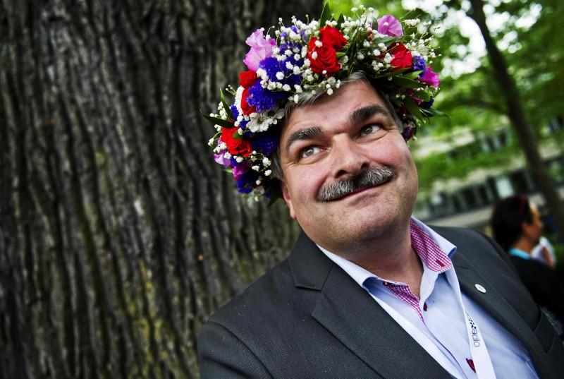 Juholt har partiets stod trots nytt tapp