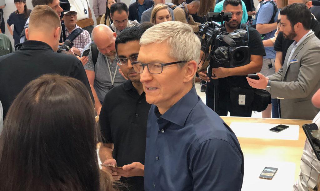 Apples VD Tim Cook vid lanseringen av de senaste Iphonemodellerna. Foto: Peter Pettersson