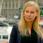 Medverkar i SVT:s sändningar under kronprinsessans bröllop 2010.