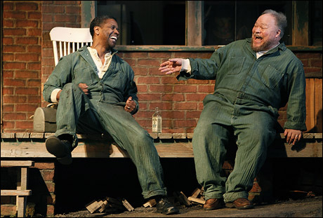 Pictured (l-r): Denzel Washington (Troy Maxson) & Stephen McKinley Henderson (Bono)