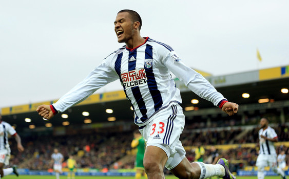ap foto : stephen pond : west bromwich albion's salomon rondon celebrates scoring a goal, during the english league soccer match between norwich city and west bromwich albion, at carrow road, in norwich, england, saturday oct. 24, 2015. stephen pond/pa photo via ap) united kingdom out no sales no archive united kingdom out no sales no archive photograph can not be stored or used for more than 14 days after the day of transmissio britain soccer premier leagu automatarkiverad