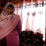 """Batula Ahmed Rage hade tidigare en svenskfödd granne, som plötsligt bestämde sig för att flytta från området. """"Det börjar bli för mycket invandrare här"""" sa grannen."""