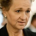 -Vi har inget val. Vi kan inte vara tysta för att inte SD och andra ska få uppmärksamhet, säger Boel Godner. I åratal har hon och hennes företrädare varnat för att invandringen till Södertälje orsakar problem. Men regeringen vägrar lyssna, menar hon.
