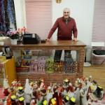 Ayad Akrawi är stolt över sin nya butik.