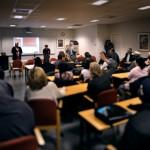 Borlänge kommun har satsat på yrkesspår, Sfi-kurser med inriktning vård och omsorg, som ska göra det lättare att komma ut i arbetslivet sen.