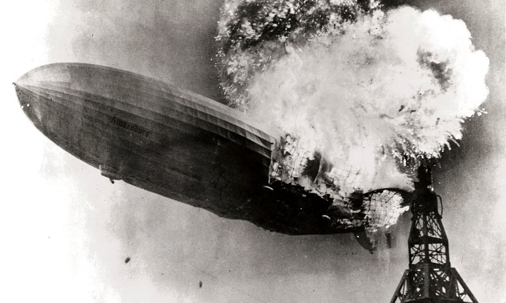 Hindenburg_burning