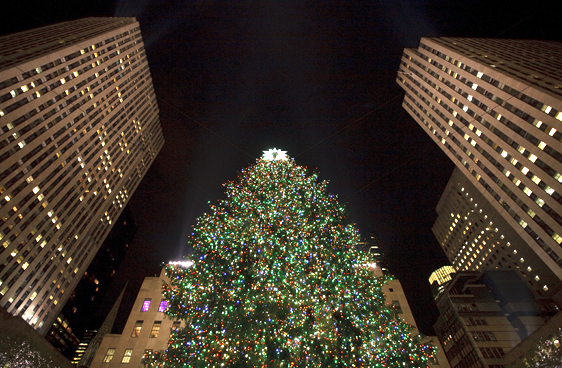 Den väldiga granen med alla sina ljus vid Rockefeller Center.