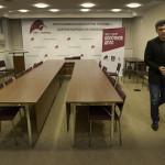 Boris Nemtsov i partihögkvarteret. Foto: Urban Andersson