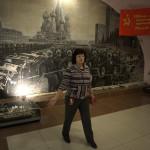 Galina Snimsjtjikova som jobbar på militärmuseet i Rjazan.