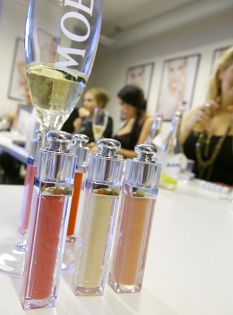 Dior släpper 24 nya addict -gloss.