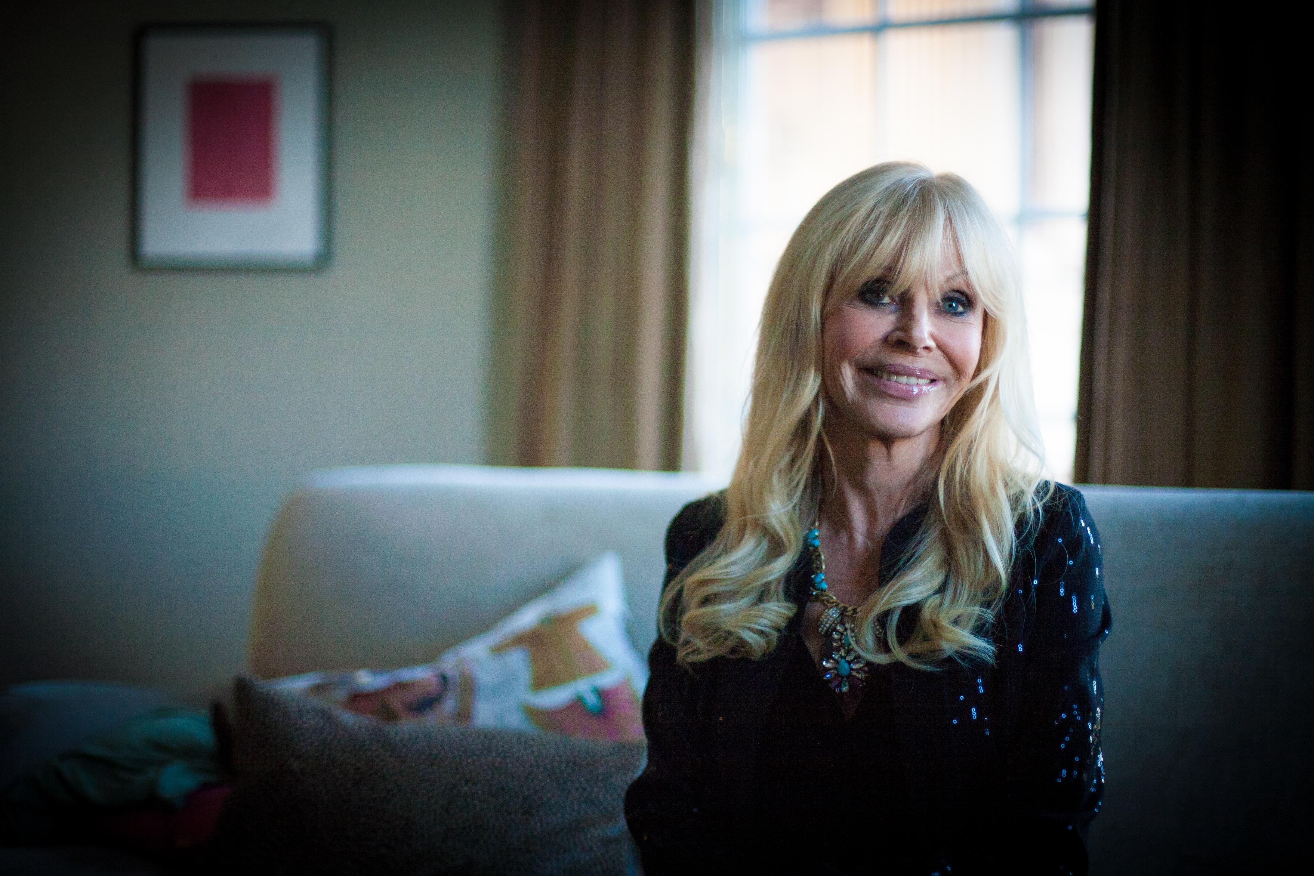 Bondbruden Britt ekland är noga med sina hudvårdsrutiner- Foto Agneta Elmegård