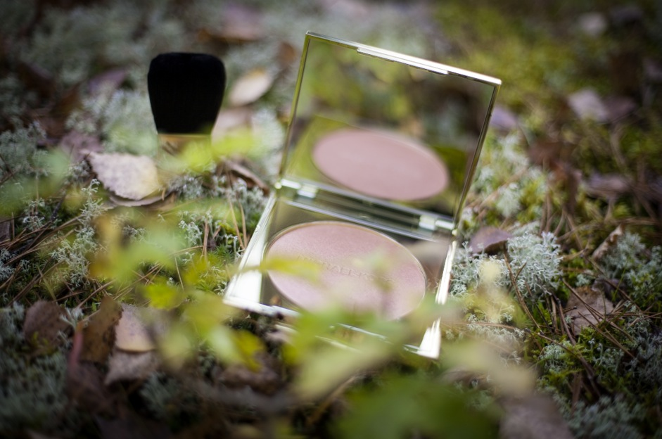 I dagarna lanserade Michael Kors sin första Makeuplinje i Skandinavien.