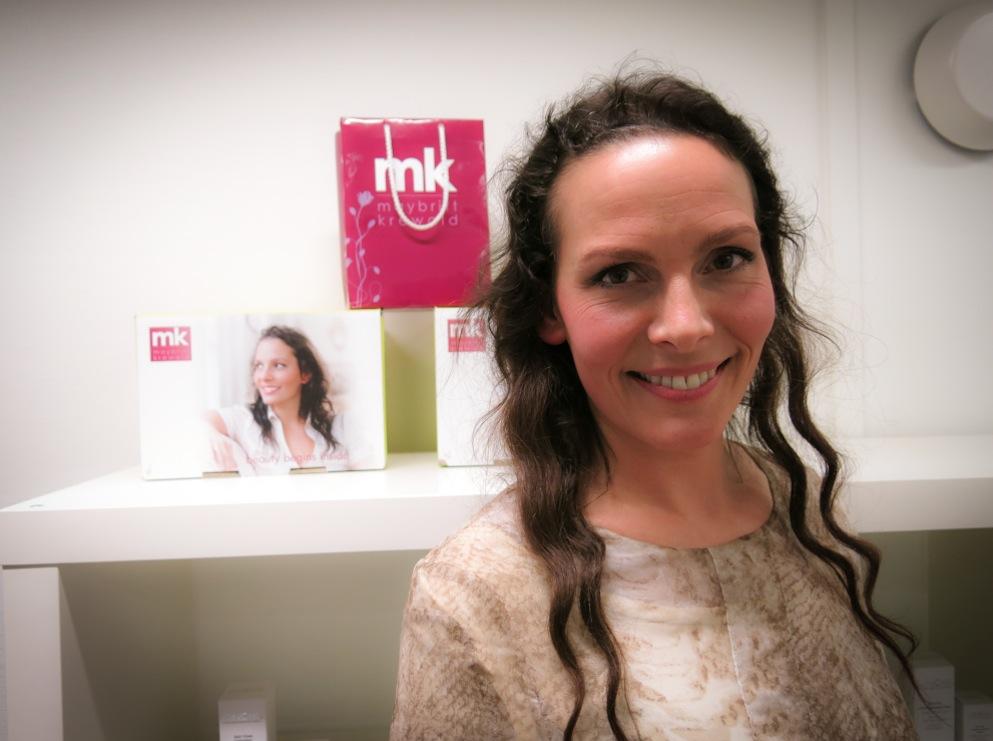 Danska Maybritt Krewald har utvecklat världens första invärtes hudolja som bara säljs på hudkliniker