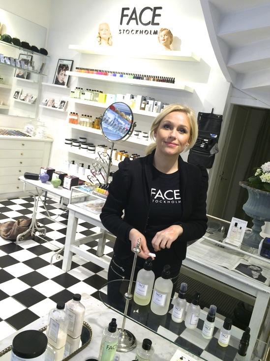 Maria Persson på Face Stockholm Drottninggatan 56