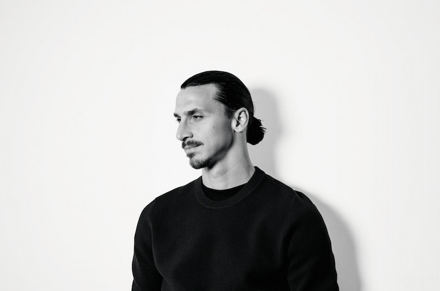 Zlatan ger sig in i skönhetsbranschen på allvar och startar eget parfymhus.