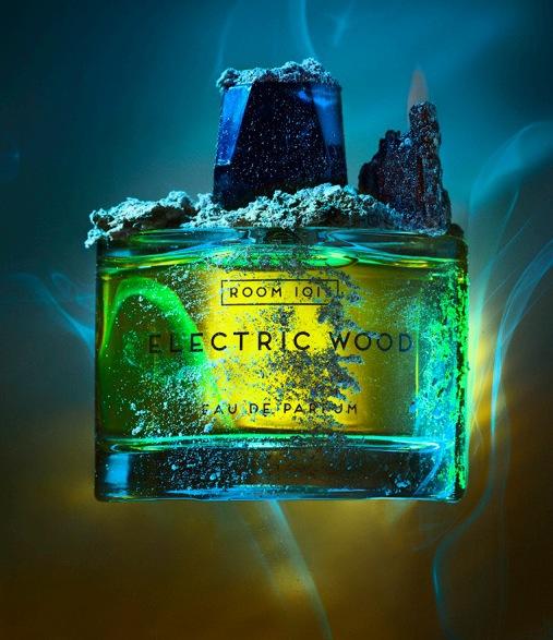 Electric wood perfume: innehåller Ambroxan, Nutmeg, Cedar