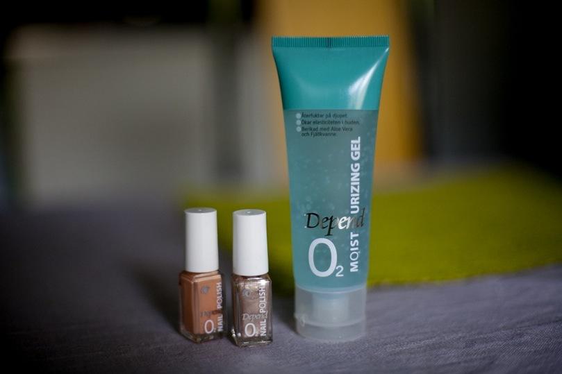 O2 är en ny serie från Depend Cosmetics som släpper igenom 30 procent mer syre tilll nagelbädden utan att tulla på täckbarheten.