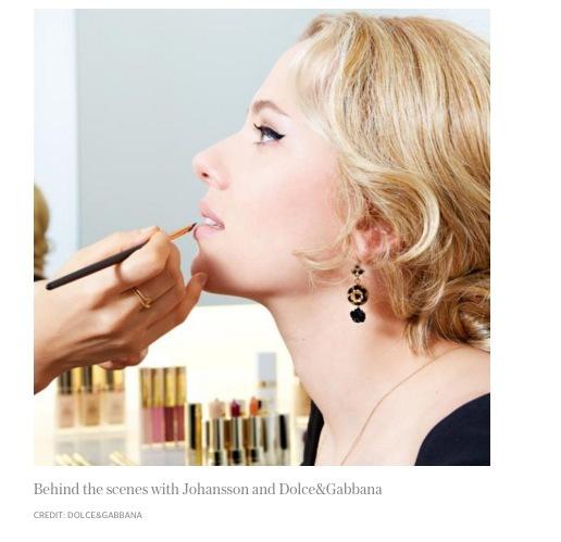 Scarlett Johansson frontar både Dolce&Gabannas parfym- och makeupserier