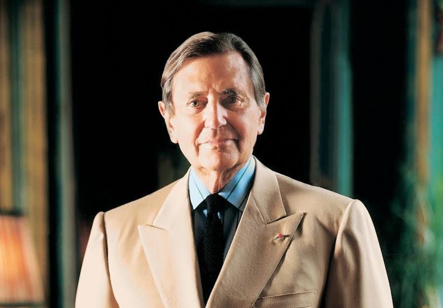Hubert d'Ornano född 1926, grundare av franska lyxmärket Orlane 1953 gick bort 25 september 2015. 1976 tog han över Sisley tillsammans med sin fru Isabelle.