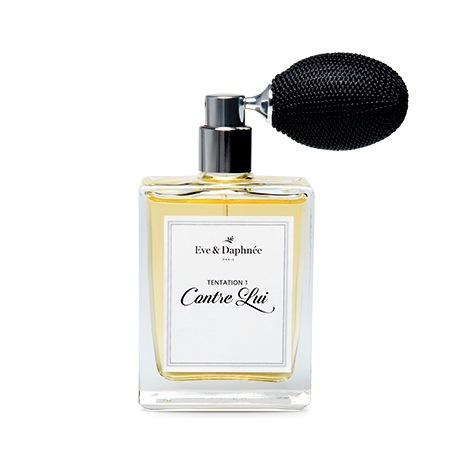 Franska ekoloogiska parfymhuset Eve & Daphnée amvänder bara råvaror som är ekologiska och återvinningsbara. Inga ftalater här...