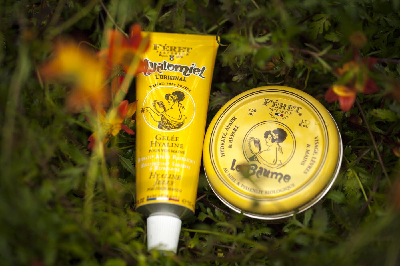 Hyalomiel är en unik fransk handkräm med organisk honung i basen och med rosendoft.