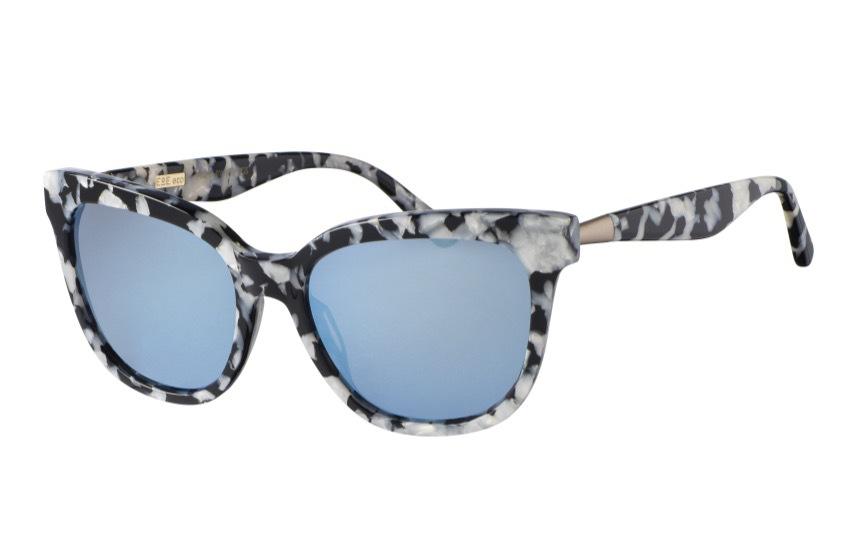 """Mina favoriter ur den ekologiska glasögonkollektionen där gifterna i produktionen är borttagen heter """"Stone"""""""