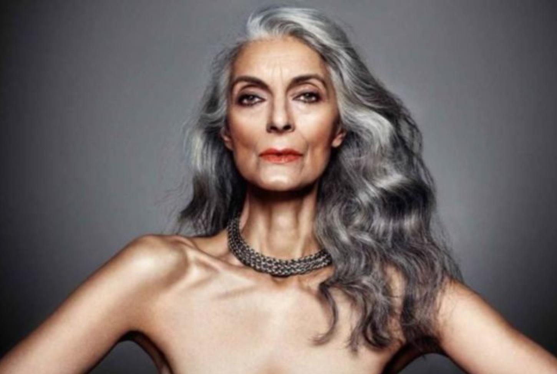 Modellen Pam Lucas, 69, har tagit väl hand om sin hud.