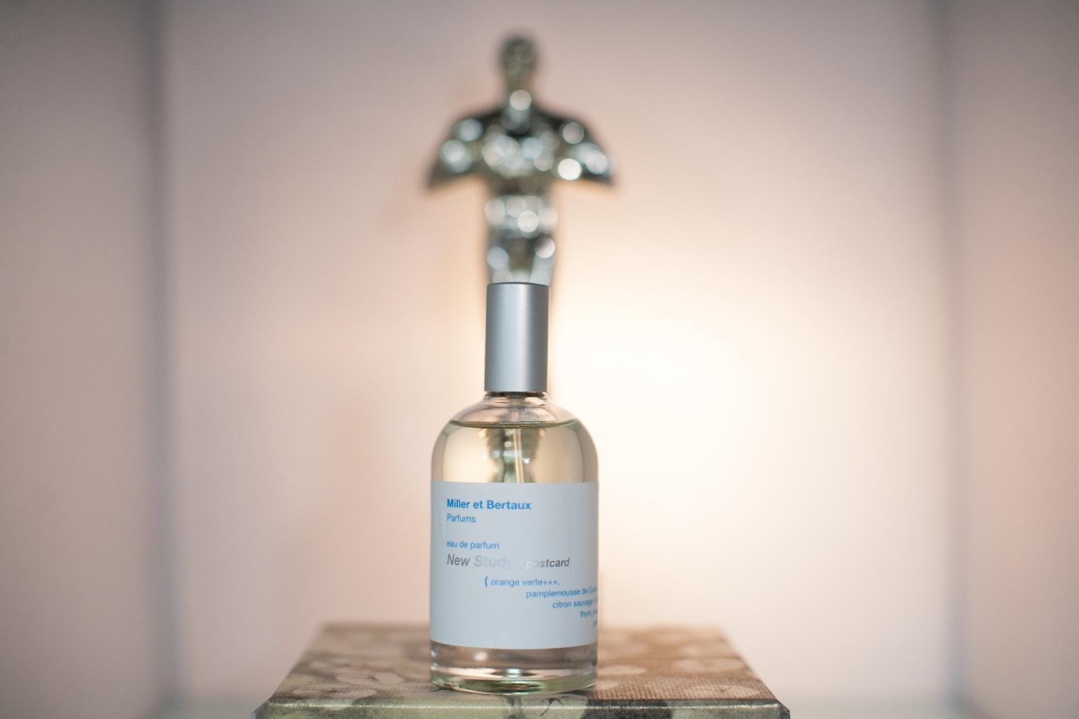 Milleretbert aux-parfums. Intressant dofthus som känns nyskapande