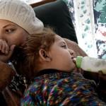 Dima Alkurdi med dottern Hala, 2. Foto: Stefan Mattsson.