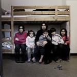 Den syriska 29-åriga mamman bor i ett rum med  sina fem barn. Foto: Stefan Mattsson.