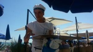 Strandhäng med stans dyraste lemonad.