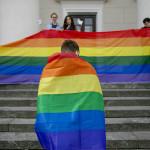 Litauen är ett av de svåraste länderna i EU att leva i som hbtq. Det är dessutom det land i Europa där minst antal människor, bara 11,4 procent, uppger att de vet någon som är öppet homosexuell.