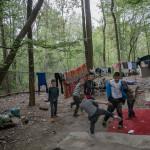 Romcivic är ett av många initiativ som skapats i Frankrike för att minska diskrimineringen av romer. Bland uppgifterna ingår att volontärerna besöker romska läger och leker med barnen.