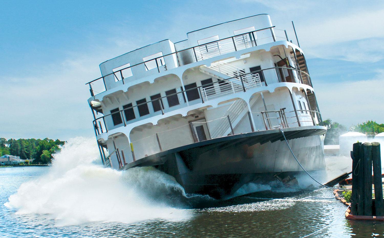 En ny hjulångare är sjösatt. Foto: American Cruise Lines