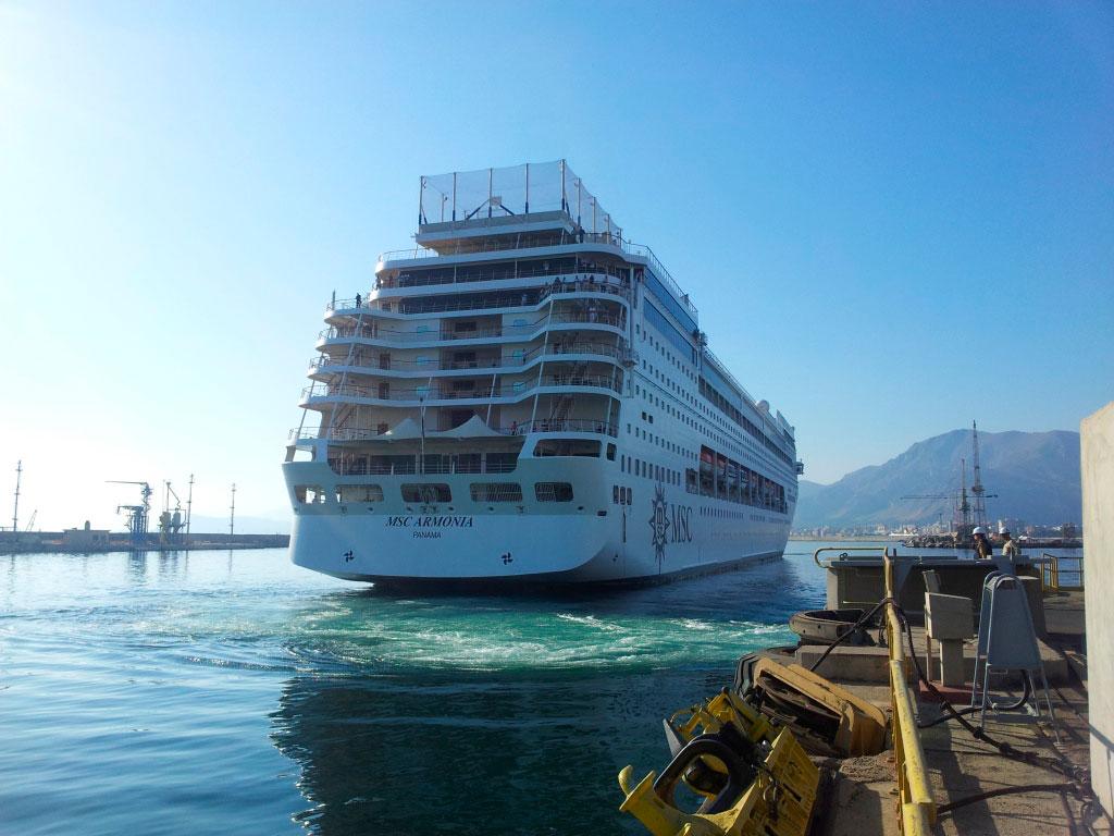 """""""Nya"""" MSC Armonia blir på 65000 bruttoton. Foto: MSC Cruises"""