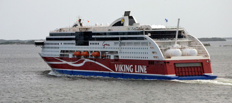 Viking Grace drar upp för mycket sjö i vissa farter.