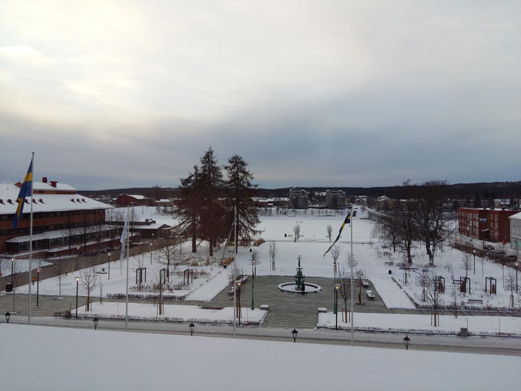 Skellefteå_stadshus_och_stadspark