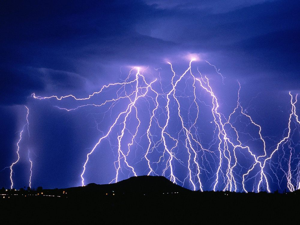 1379398021_lightning-wallpaper