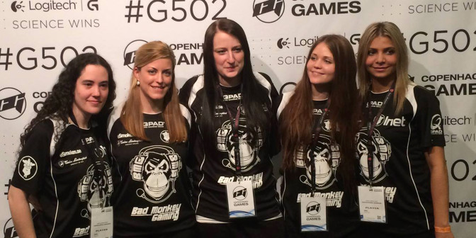 "Bad Monkey Gaming fr.v: Sonia ""Sonia"" Garcia (no longer in the team), Irene ""iRene"" Sanchez, Therese ""Lillsan"" Pettersson, Julia ""Juliano"" Kiran, Zainab ""zAAz"" Turkie"