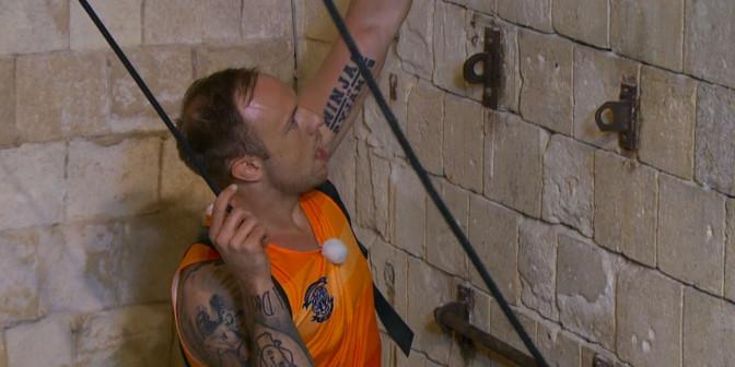 Heaton har tidigare tävlar i Fångarna på fortet