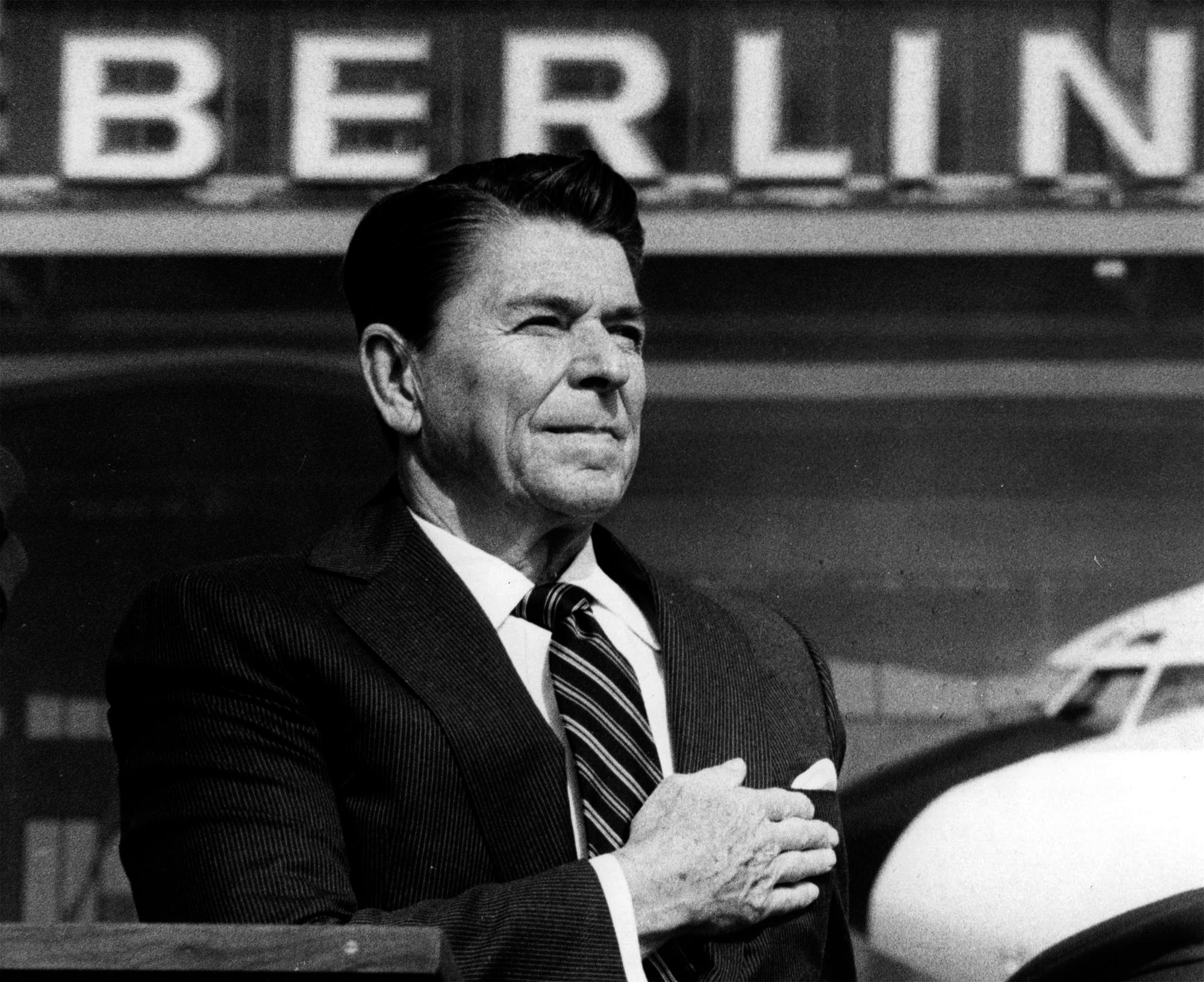 Ronald Reagan Berlin David Bloggar Att Bygga Ett