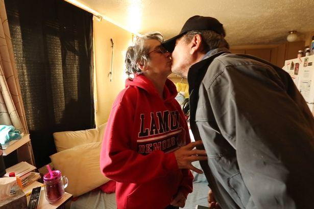 Renee och Steven. Foto: AP / TT.