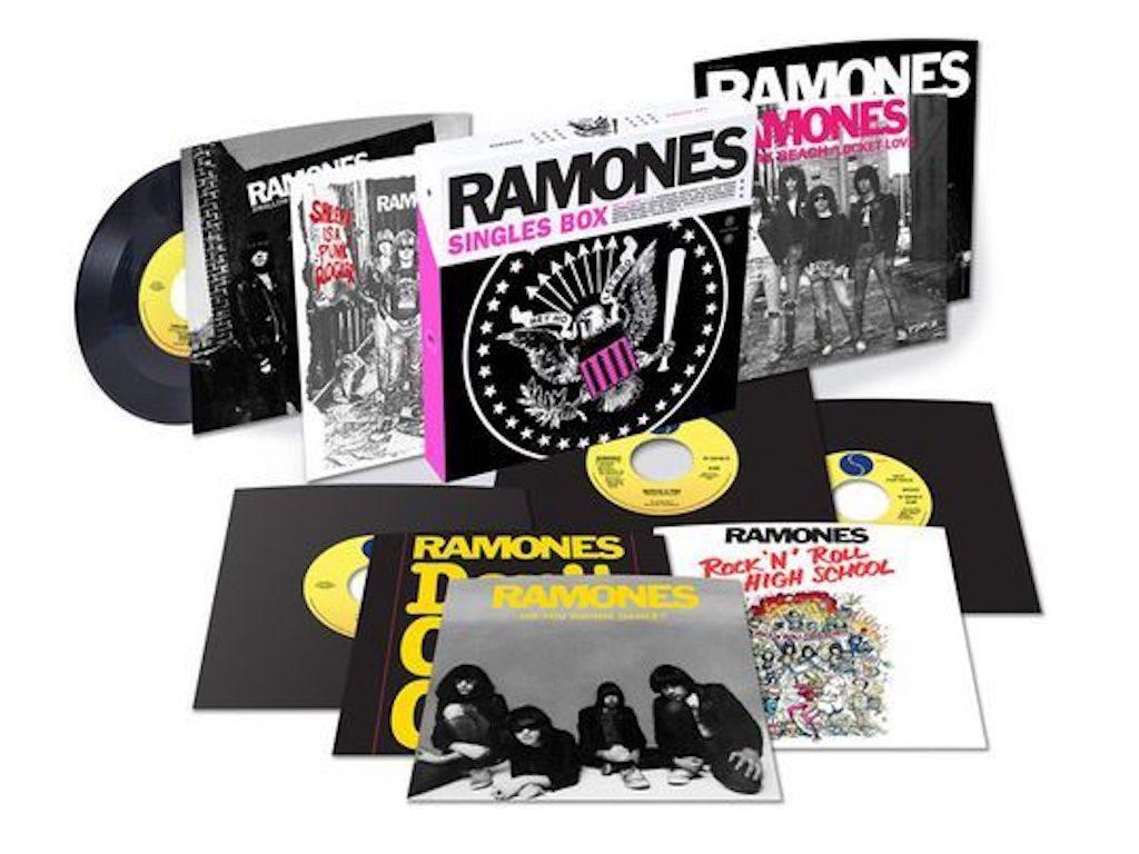 Ramones-box