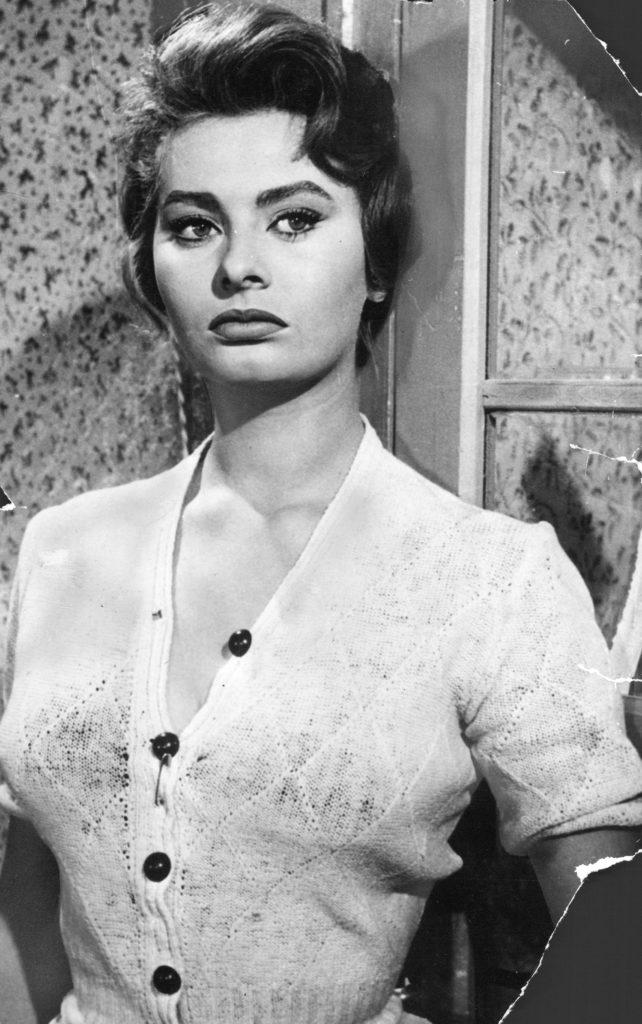 sophia loren, skådespelare italien. rollbild ur filmen den åtrådda, woman of the river